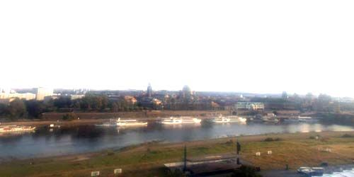 Webcam Dresden - Elbe river, view of Altstadt