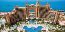 Webcam Dubai - The territory of the hotel Atlantis, the palm