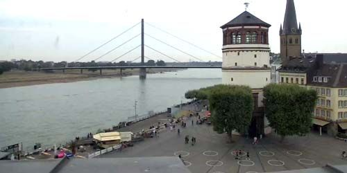 Webcam Dusseldorf - Burgplatz, Basilica of Saint Lambert