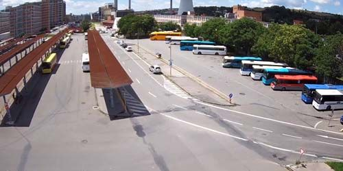 Webcam Zlin - Bus station on Gakhurov street