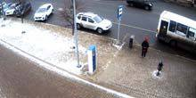 Webcam Yaroslavl - Bus stop on Yunost Square