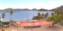 Webcam Zihuatanejo - Square in front of the city court