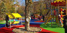 Webcam Dnepr (Dnepropetrovsk) - A children's Playground on Komsomolskaya