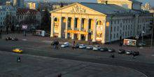 Webcam Chernigov - Drama theater in red square