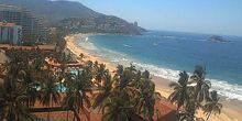 Hotel Emporio in the background of mountains and the sea Zihuatanejo