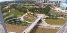 Webcam Winnipeg - Forks Historical Park, Esplanade Riel Bridge