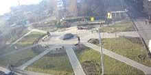 Webcam Fastov - Sunny Square, view of the fountain