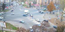 Webcam Zaporozhye - Gagarin Street - Shopping Center Gagarin