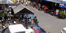 Webcam Pattaya - Parking next to the bar, I-ROVERS