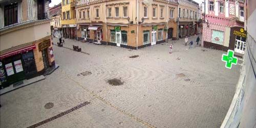 Webcam Uzhgorod - Pedestrian streets of Korzo and Voloshin