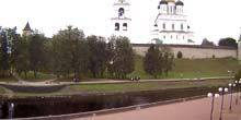 Webcam Pskov - Pskov Kremlin, Golden Embankment