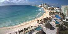 View of the sandy beach from the hotel Krystal Cancun