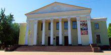 Webcam Poltava - The house of culture on ulitsa Oktyabrskaya