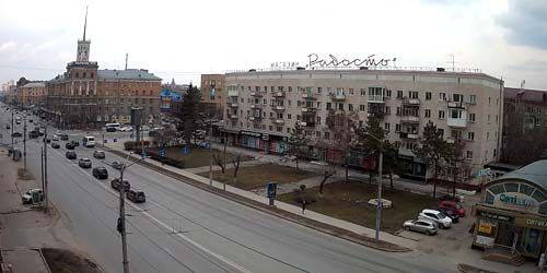 Webcam Omsk - Leningradskaya Square, Karl Marx Avenue