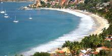 Webcam Zihuatanejo - Playa La Madera Cove