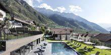 Webcam Merano - resort in the mountains of Mair am Ort