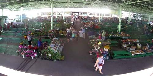 Webcam Tiraspol - Green market - shopping center