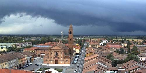 Webcam Reggio Emilia - Novellara suburb central square