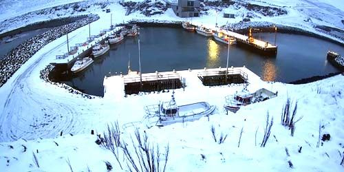 Webcam Seydisfjordur - Berth for fishing schooners in Bakkagerdi