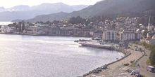 Webcam Molde - Ferry pier amid mountains