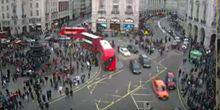 Webcam London - Street Piccadilly station circular