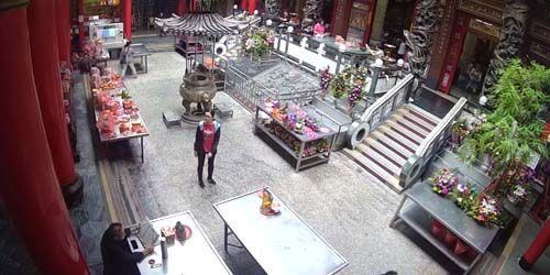 Webcam Taichung (island of Taiwan) - Qingshui Ziyun Rock Temple