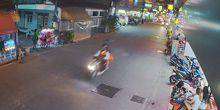 Webcam Pattaya - Night bar Queens Arms in Soi Buakhao street