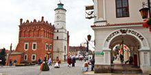 Webcam Sandomierz - View of the town hall and the marketplace
