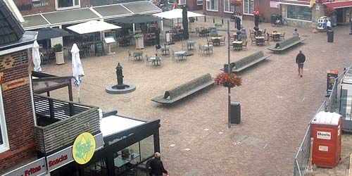 Webcam Amsterdam - Square with restaurants and cafes in Egmond aan Zee