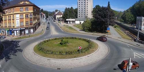 Webcam Trutnov - Road ring on the embankment