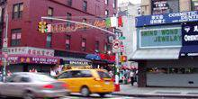 Webcam New York - The shops on Mulberry street
