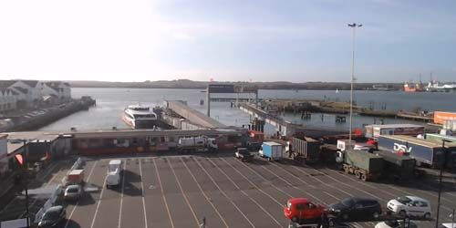 Webcam Portsmouth - Southampton Ferry Terminal
