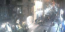 Webcam Naples - Narrow streets with tourists