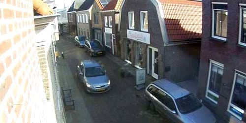 Webcam Zwolle - Pedestrians and traffic in the center