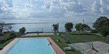 Webcam Perugia - Swimming pool in the hotel on the shore of Lake Trasimeno