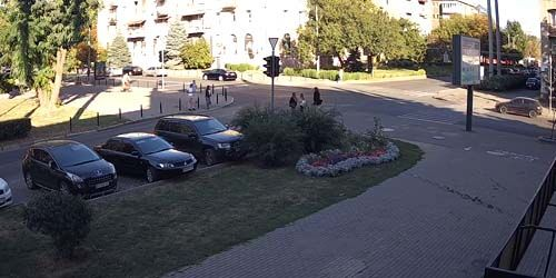 Webcam Kharkov - Crossroads of Vesnina and Sumskaya streets, Gorky park