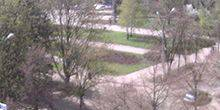 Webcam Slavyank - View of the square