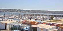 mooring with yachts Brest